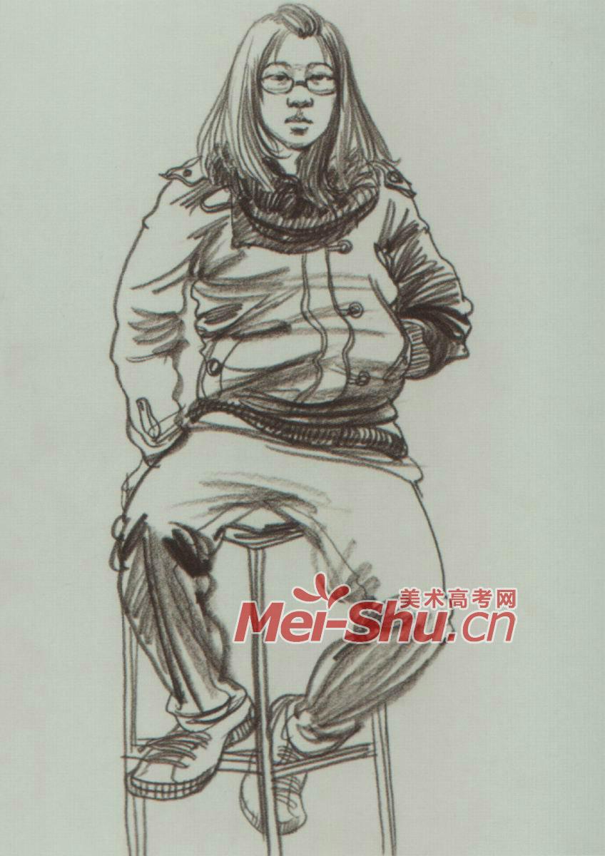 人物速写坐在马扎上的人坐姿速写坐着画画的人图片