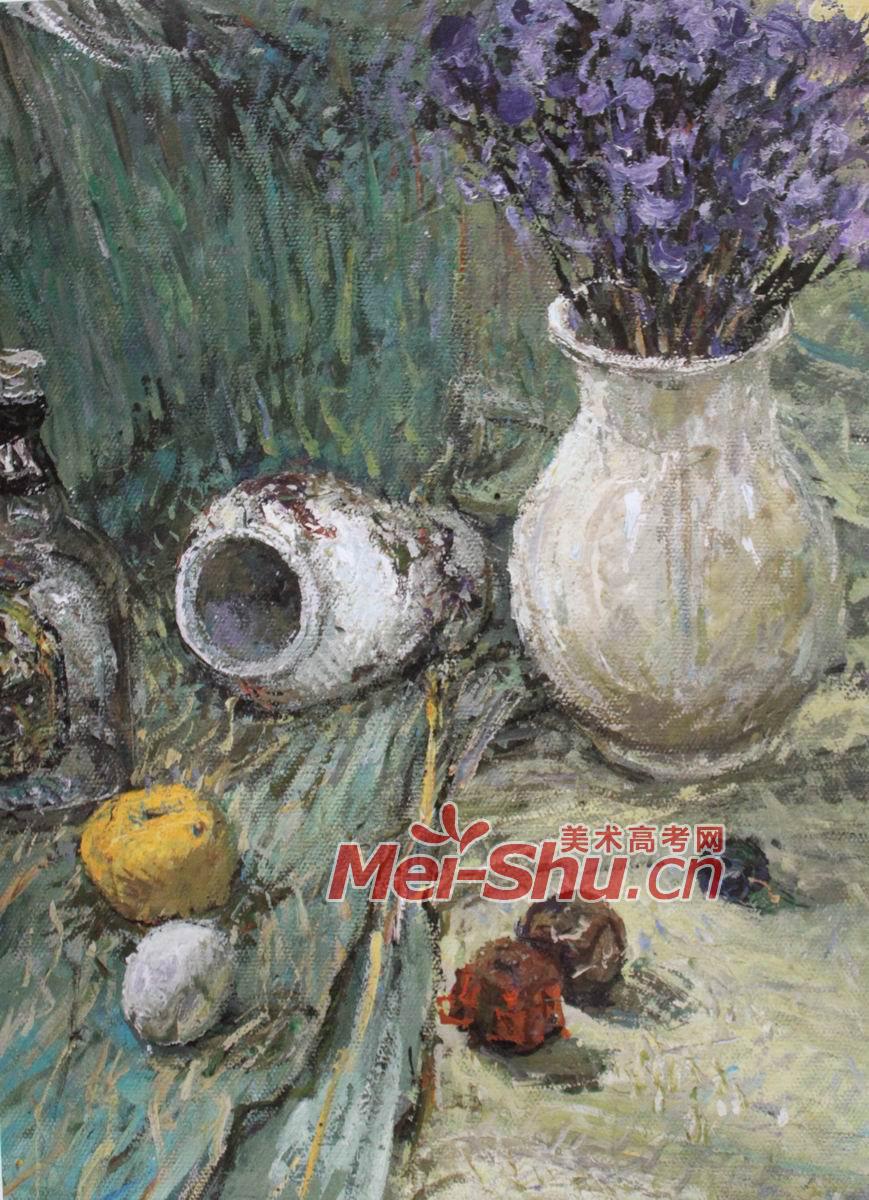 莲蓬,老油灯,苹果,桃子,白色的台布,西红柿,茄子,蓝色的袋子,青椒,透明水杯,芹菜,洋葱高脚杯,蓝色的花瓶,黄色的台布,小提琴,蓝色台布,桃子,书籍,水草,花瓶,盘子,紫色的花,花瓶,点彩,鸡蛋,干了的橘子