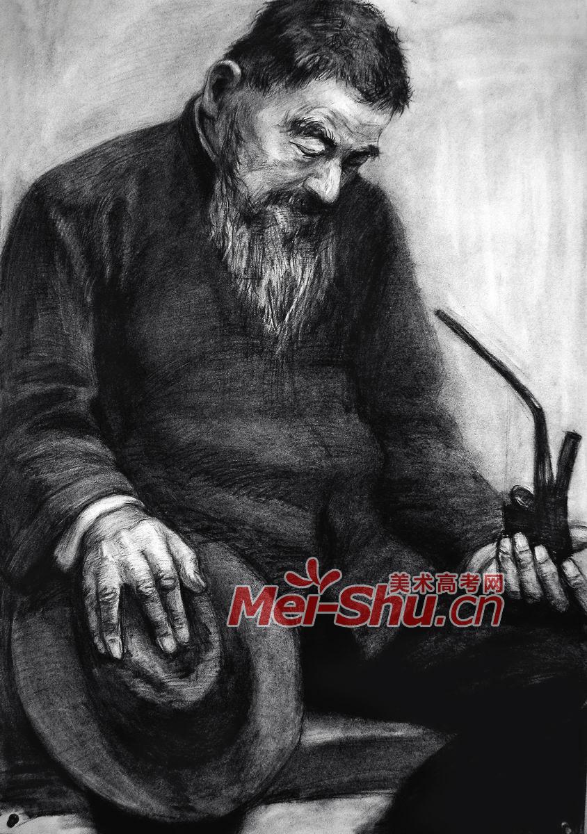 素描半身像-中年男子,老年人; 大师半身带手素描图片展示; 素描半身像