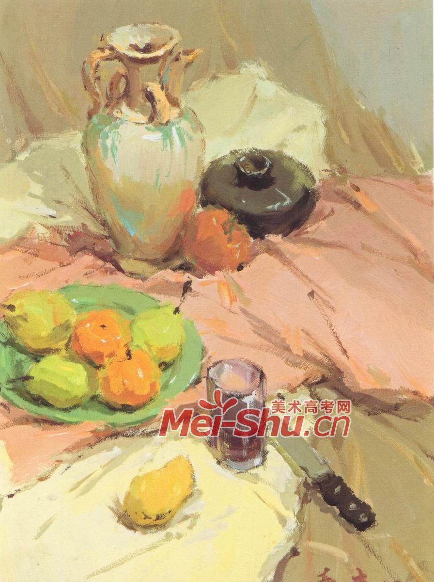 色彩静物,梨子,水果刀,花瓶,黑色的罐子,玻璃杯,青花瓶,苹果,黑色的罐子,红苹果,土黄色的台布,水粉画,玉米,瓷瓶,大蒜,糖葫芦,黄橘子,玻璃杯,绿盘子,粉红色的台布,黑色的陶罐,水粉静物,土黄色台布,白瓷瓶,苹果,白盘子,罐子