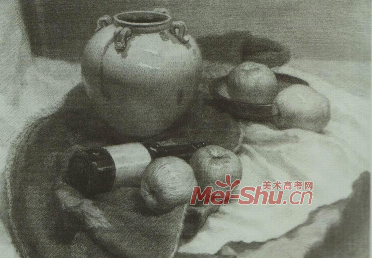素描静物白罐子范画酒瓶子范画饭锅苹果盘子茶杯花瓶碗