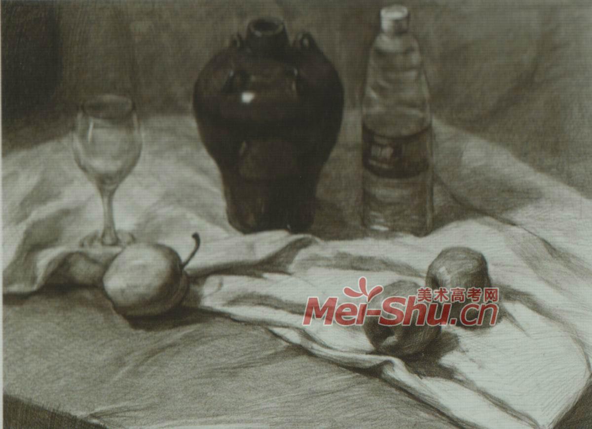 素描组合静物矿泉水瓶子白酒瓶子陶罐子瓷罐玻璃杯