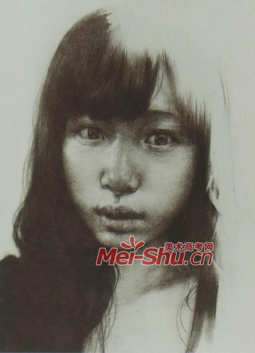 素描人头像女青年戴眼镜的圆脸姑娘齐刘海(2)