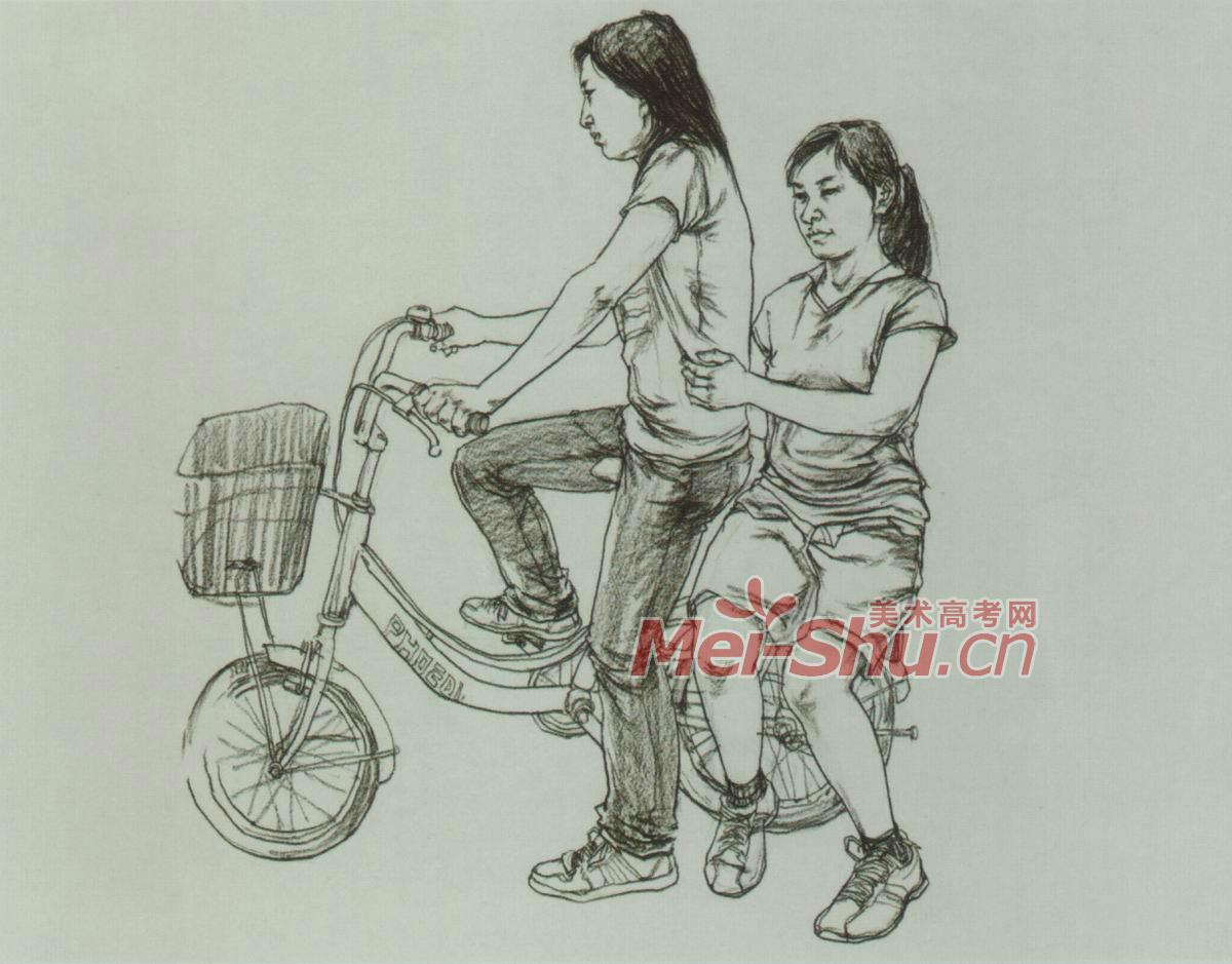 场景速写组合人物抱着孩子的人骑自行车的女年轻人抱着妈妈的孩子