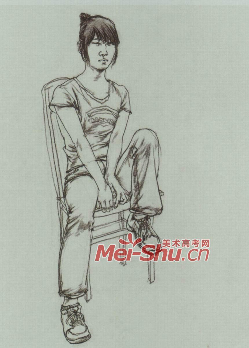 速写人物坐姿二郎腿抱着包坐着的女青年正侧面正面